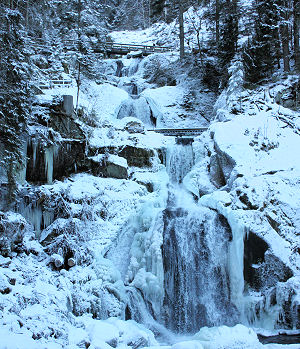 Triberger Wasserf�lle im Winter